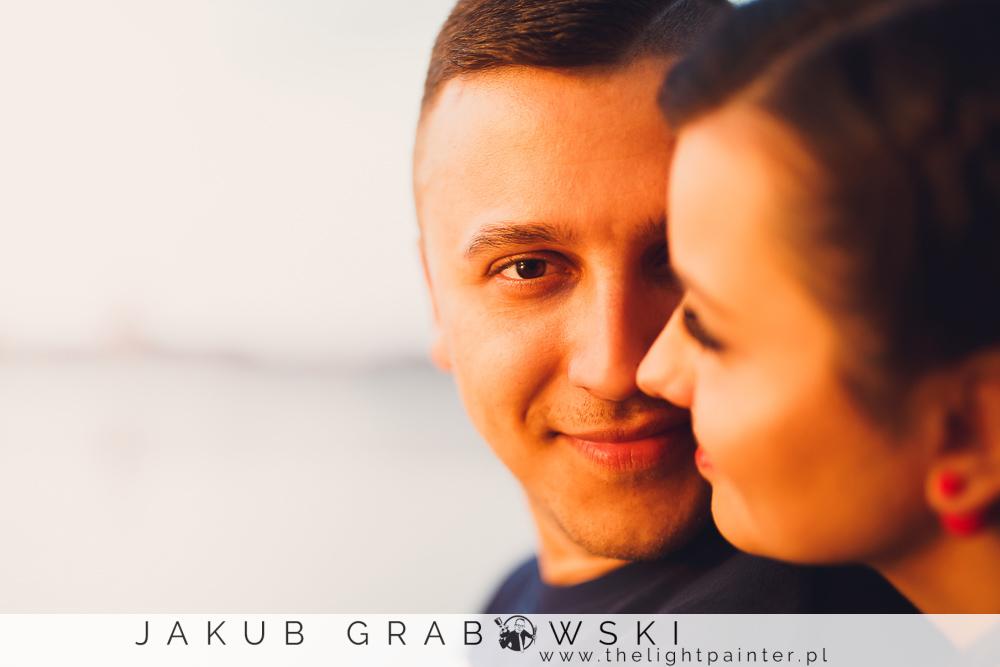 Zakochani w Toruniu. Alternatywna aesja zdjęciowa Dominiki i Kamila.