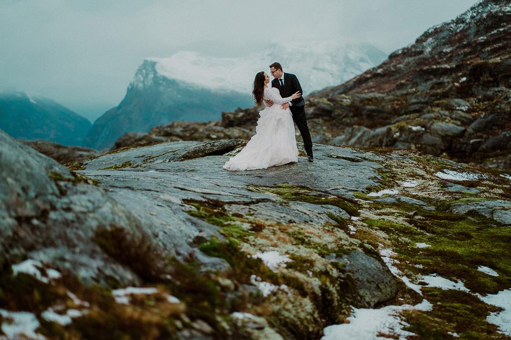 plener ślubny alesund, fotograf ślubny toruń, sesja ślubna norwegia