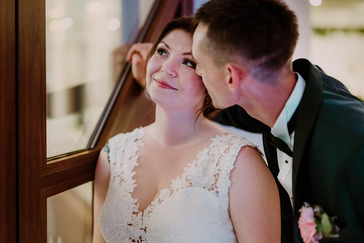 wesele bory tucholskie,miejsca na sesję w toruniu, fotograf ślubny toruń