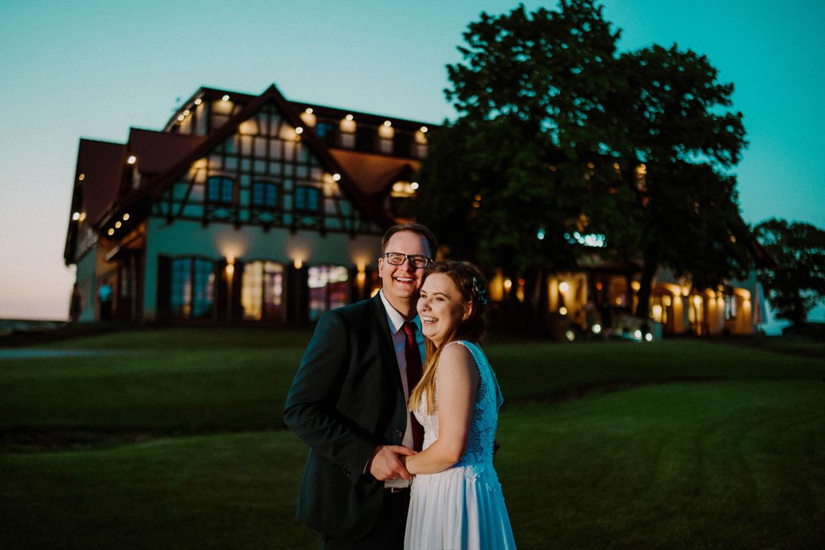 wesele kuźnia smaków,miejsca na sesję w toruniu, fotograf ślubny toruń